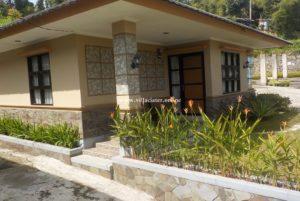 villa di sari ater pemandian air panas alam