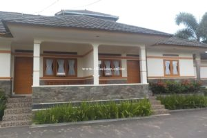 villa penginapan di ciater untuk rombongan